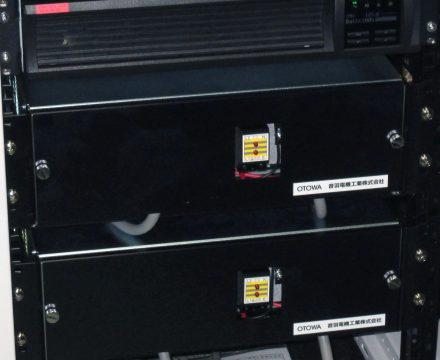 ラック収納形耐雷トランス RTシリーズ