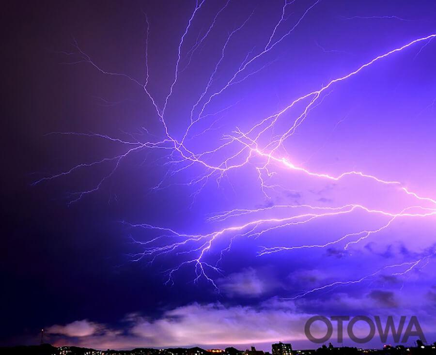 第11回 雷写真コンテスト受賞作品 優秀作品 -放電-