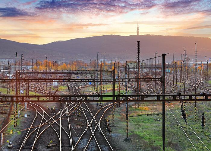 鉄道システムの雷対策