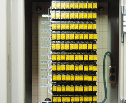 電話端子用・通信端子用SPDと組み合わせて使用
